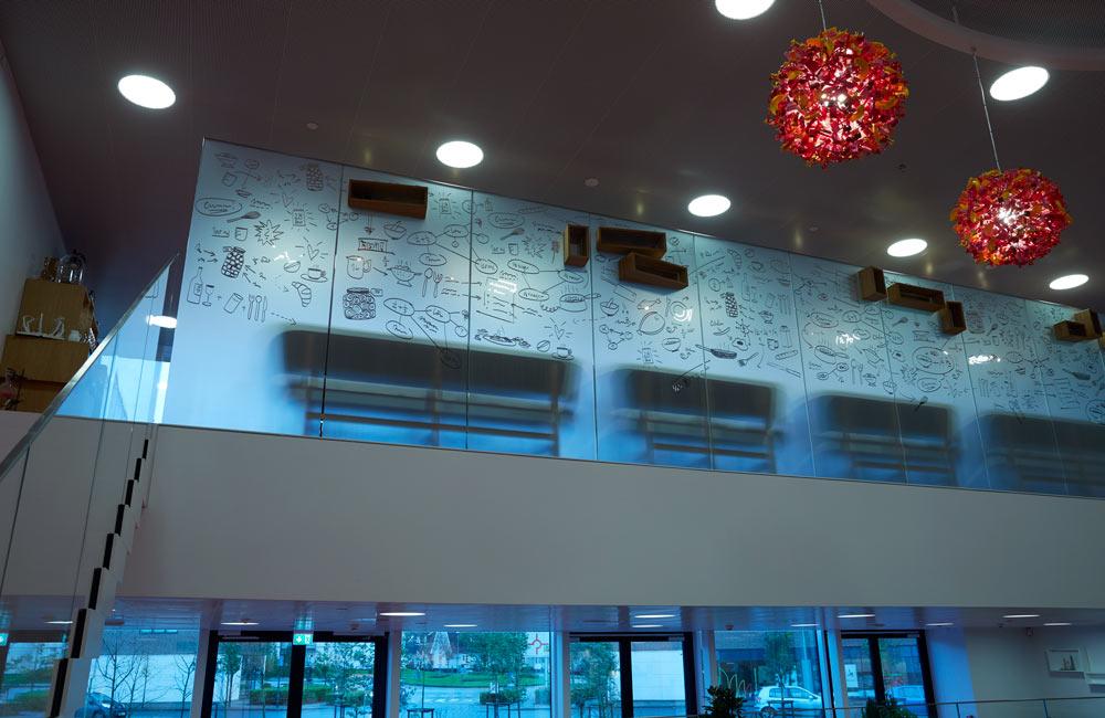 Foliering och fönsterdekor för Lego House i restaurang